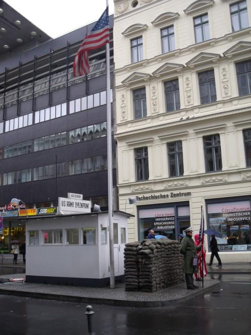 Checkpoint charlie de Berlín