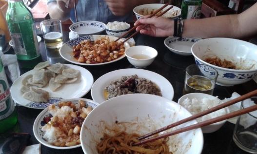 Apetitosa comida china china
